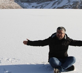 asiri-soguklar-sonucu-goyne-barajini-buz-tuttu-52cdb706421a4