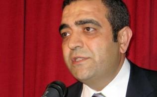 chpli-sezgin-tanrikulu-erdogana-basina-yasagi-sordu-52b837e062c0c